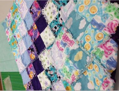 Learn to do a reversible rag quilt - ragged on BOTH sides!
